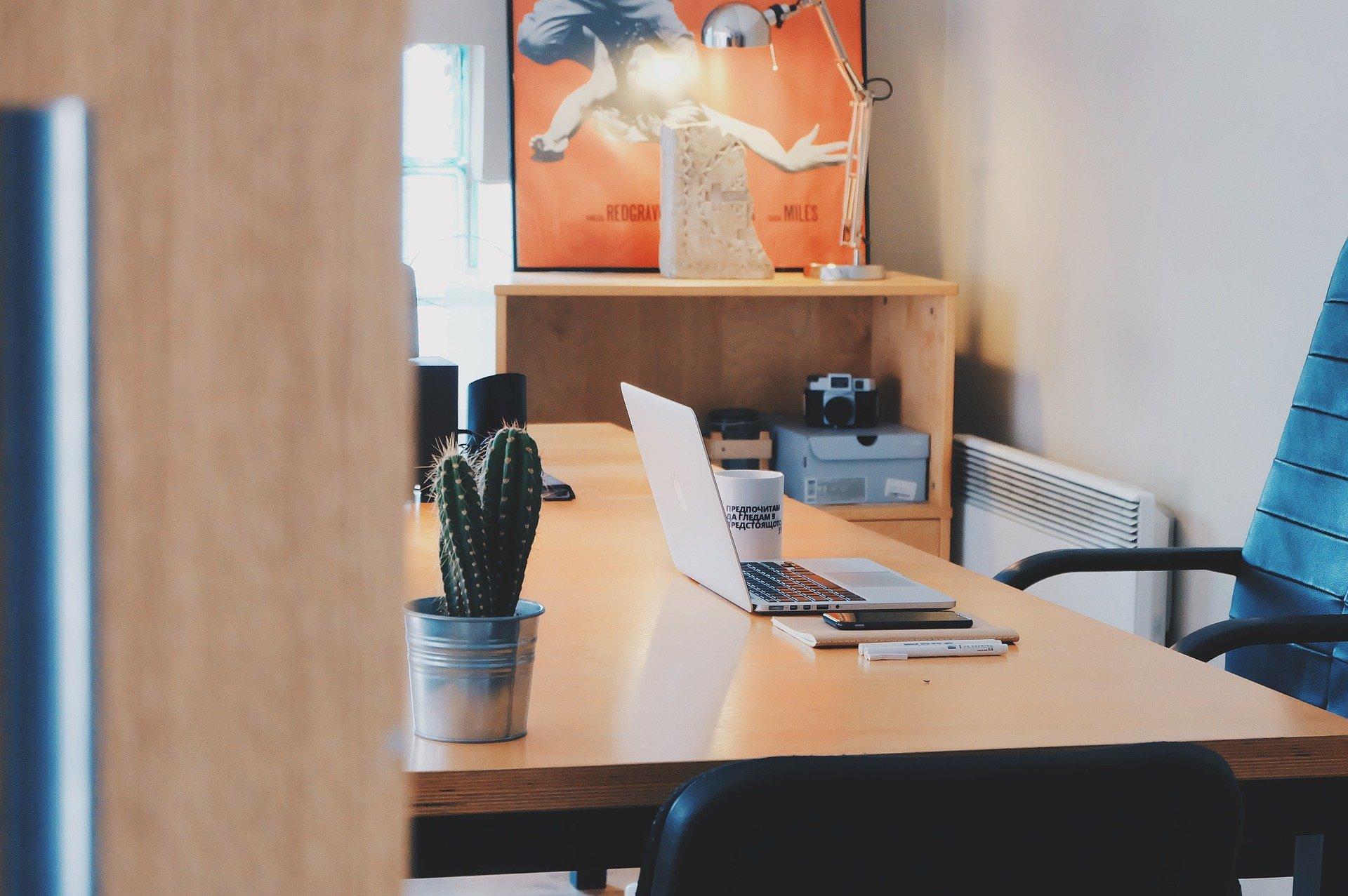 Het juiste bureau kiezen